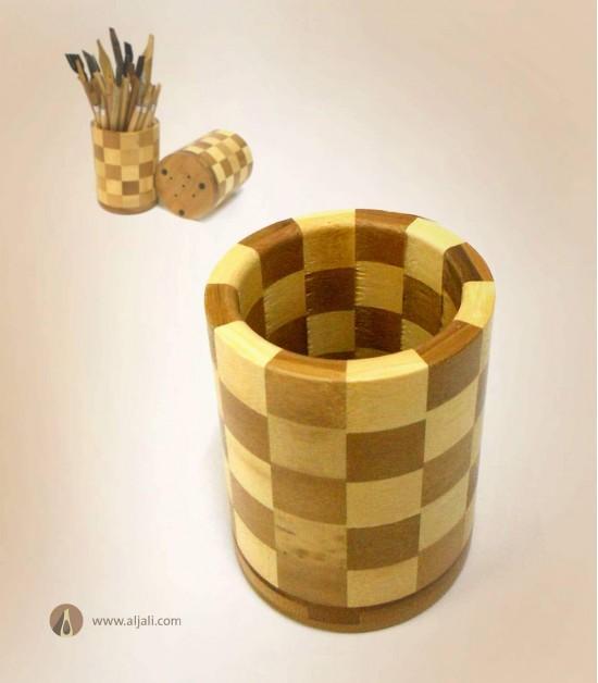 مقلمة بامبو اسطوانية بنمط مربعات